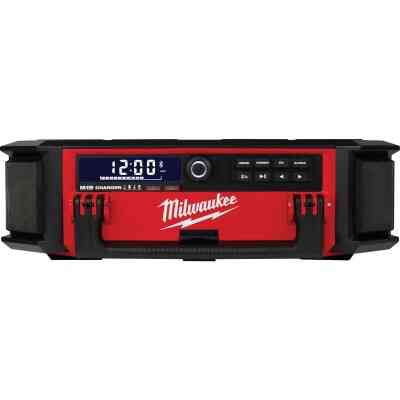 Milwaukee M18 PACKOUT 18 Volt Lithium-Ion Cordless Jobsite Radio and Battery Charger